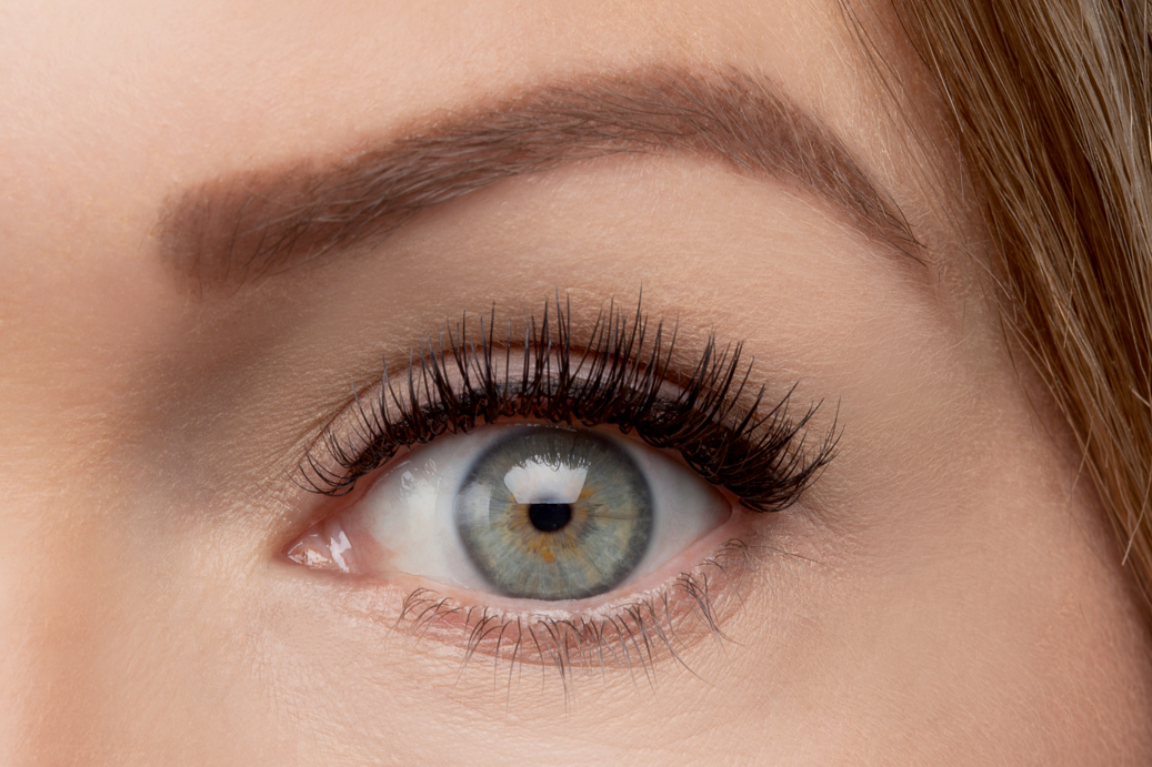 Create a precise tight line that is sure to make your eyes pop with the Lash Densifying Liquid Eyeliner.